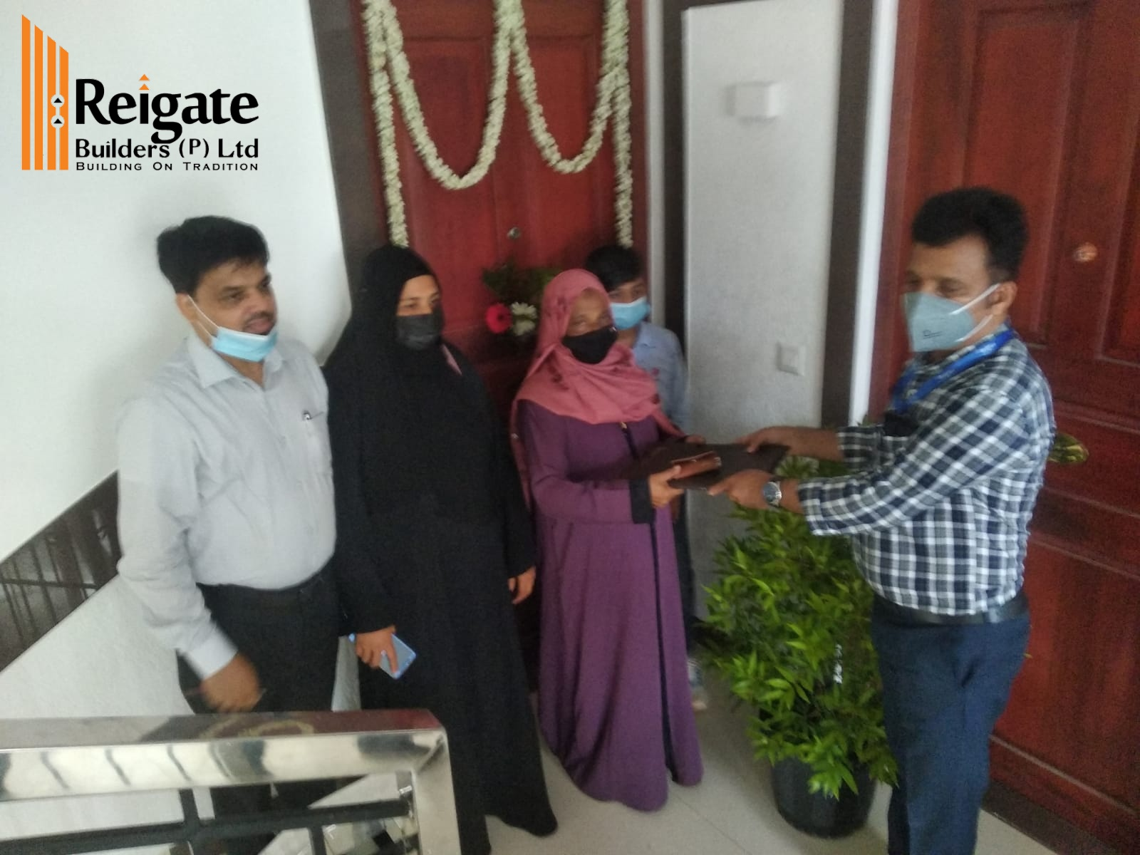 Key handing over of Mr. Mammad - Marina apartment project